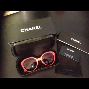 New CHANEL orange sunglasses 5252Q
