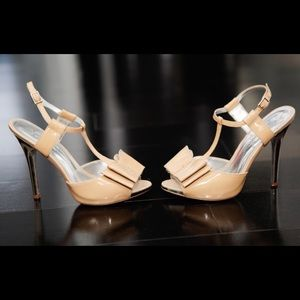 Jessica Simpson Patent Leather Bow Nude Heels