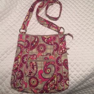 PRACTICALLY NEW Vera Bradley Hipster Crossbody