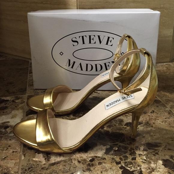 834c6fdb560a Steve Madden Sillly Pumps sz 9.5M in Gold Foil. M 56610e9913302a412c0027c8