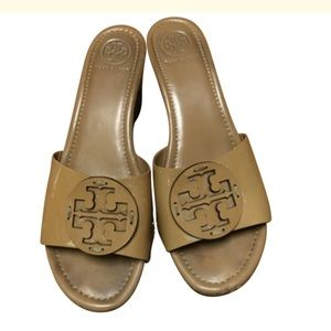 Tory Burch patent logo sandals