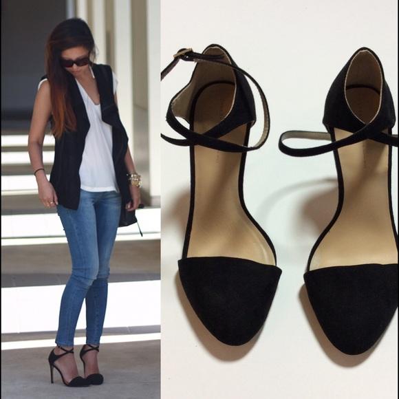 Zara Black Heels With Ankle Strap Like