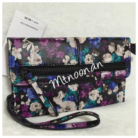 Steve Madden Floral Wallet Wristlet From