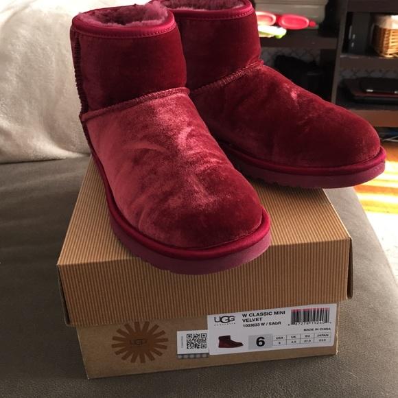 ugg shoes classic mini velvet s size 6 poshmark rh poshmark com