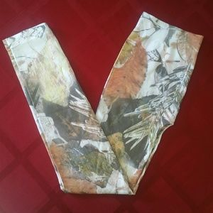 Snowy Camo Leggings