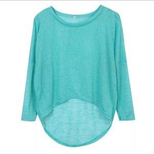 Sweaters - Baggy Hi-Lo Top. READ DESCRIPTION!
