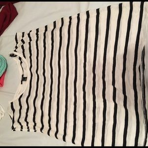 Black and white striped forever 21 muscle tee