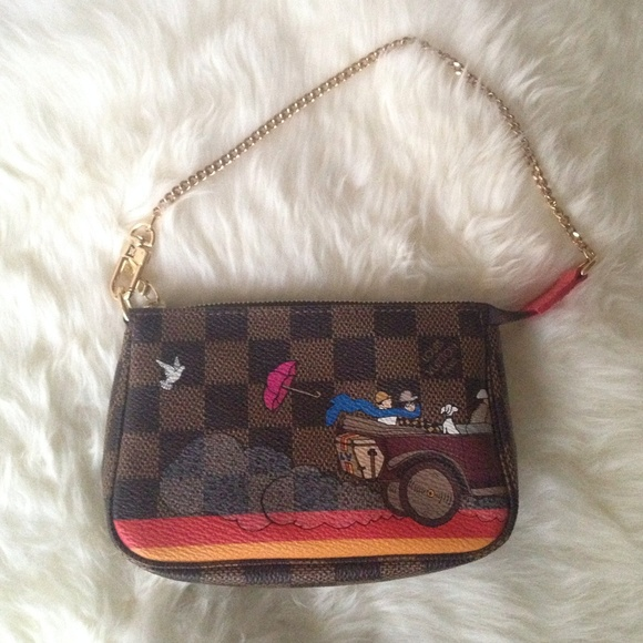 f1f7b827326c Louis Vuitton limited edition mini pochette