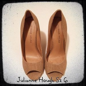Shoes - Julianne Hough got SoulCity Size 6 Tweed Wedges
