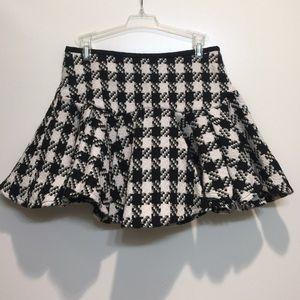HORASORA Skirts - HORASORA TWEED PLAID RUFFLE MINI SKIRT