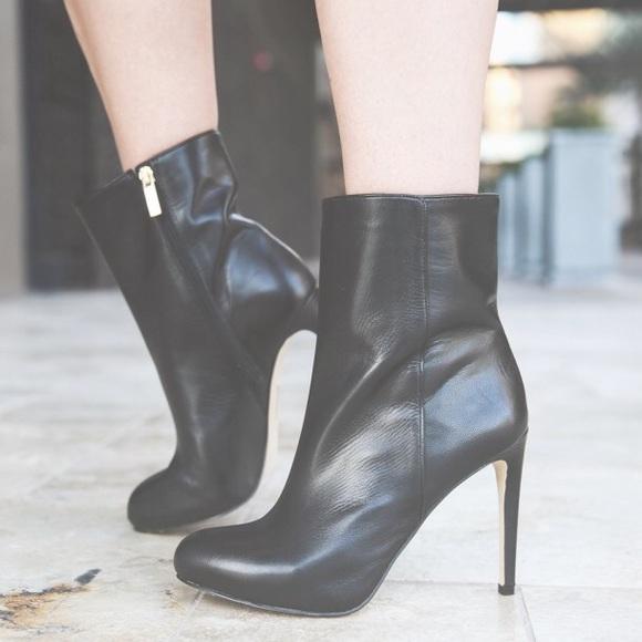 c9f83bc3d2 Louise et Cie Black Leather Booties