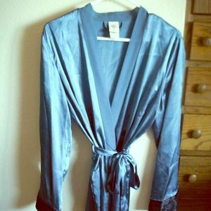 Other - Luxurious Teal Embellished Silky Short Spa Robe