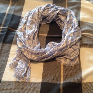 Juicy Couture Accessories - Juicy Couture scarf