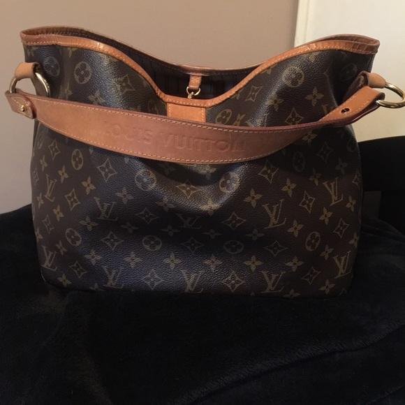 69b4d0833822 Louis Vuitton Handbags - Vintage Louis Vuitton leather delightful PM hobo