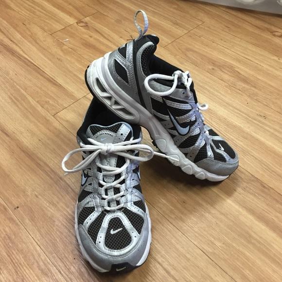 promo code 832be 6cbc2 Nike Air Max Assail Trail Running Shoes 8.5 Silver.  M 56633fbf4e8d17da38002449