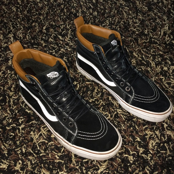 83aae1ca3a Vans Sk8 Hi MTE Black  Brown Leather. M 566341f66ba9e6918e0087a3