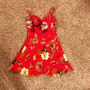 Dresses & Skirts - Flowered sun dress