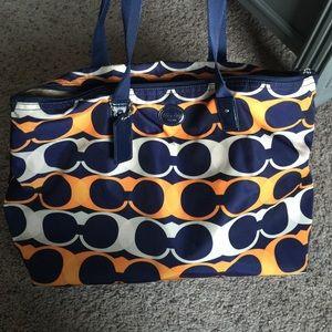 72% off Chloe Handbags - Reduced! Chloe Bay leather Shoulder Bag ...