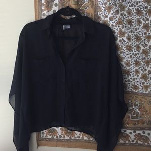 UO black shirt