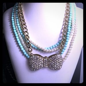 Boutique Jewelry - 🎀3 necklaces