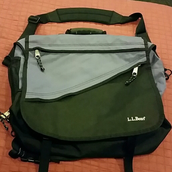Extra Large L Bean Messenger Bag