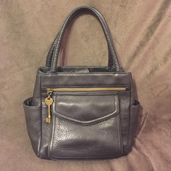 5d329438f3b8 Fossil Handbags - Vintage Fossil purse