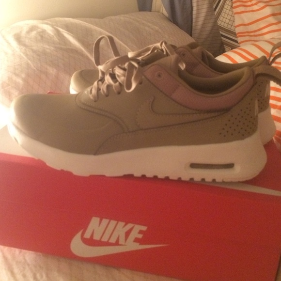 get cheap b9d17 8616f Nike Shoes | Desert Camo Airmax Thea Premium | Poshmark