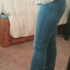 Brand new 715 boot cut Levis jeans size 28 EUC