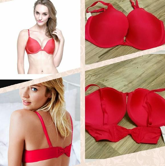 b2c5afa3350b0 Victoria s Secret push-up pigeonnant bra. NWT