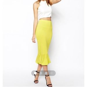 NEW Chartreuse skirt with peplum hem