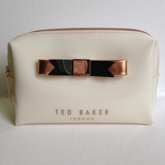e3e42f9d979 Ted Baker ivory cream cosmetic makeup bag with bow.  M_5663d4fdf0928252fd00df97