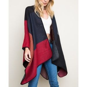 """Grain of Sand"" Colorblock Poncho Shrug"