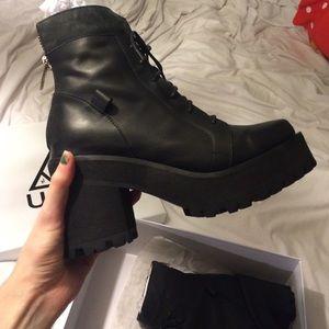 UNIF Shoes - Unif reverb boots
