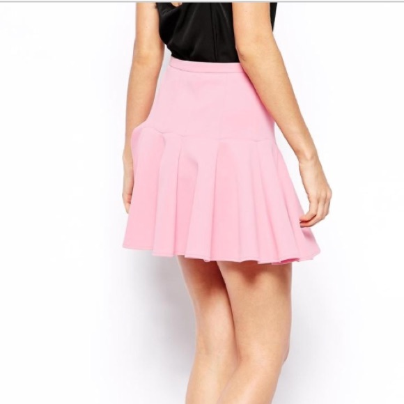 ASOS Skirts - NEW mini skirt