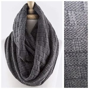 B152 Block Basket Weave Dark Gray Infinity Scarf