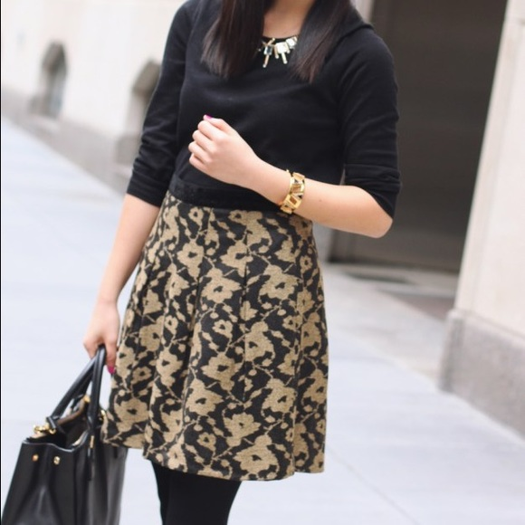 LOFT Skirts - Price Drop‼️ Gold and Black Winter Floral Skirt