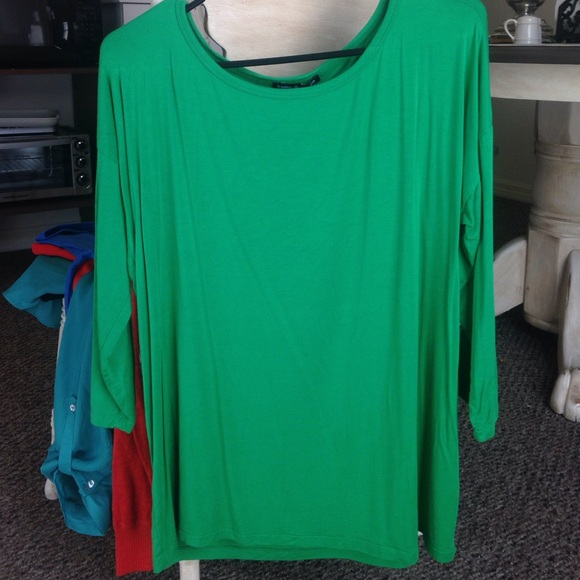 3f9d4bbc8d0 Cable & Gauge Tops | Kelly Green Tunic | Poshmark