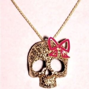 Skull bow necklace