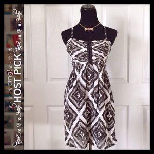 {Billabong} Black & White Dress
