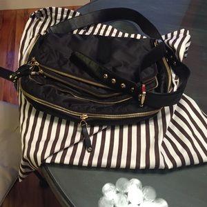 Henri Bendel Crossbody Messenger Bag