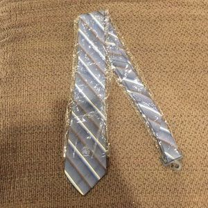 Other - NWT tie!
