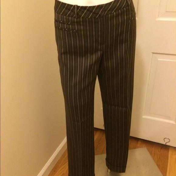 f5bdda88 Loft Sz 6 choc brown w/gold & jade pinstripe pants