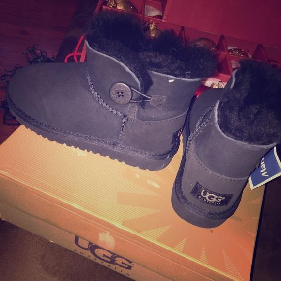 862e9bea5a8 Child UGG boots size 12.