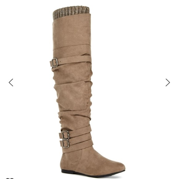 31% off JustFab Shoes - brand new over the knee sweater