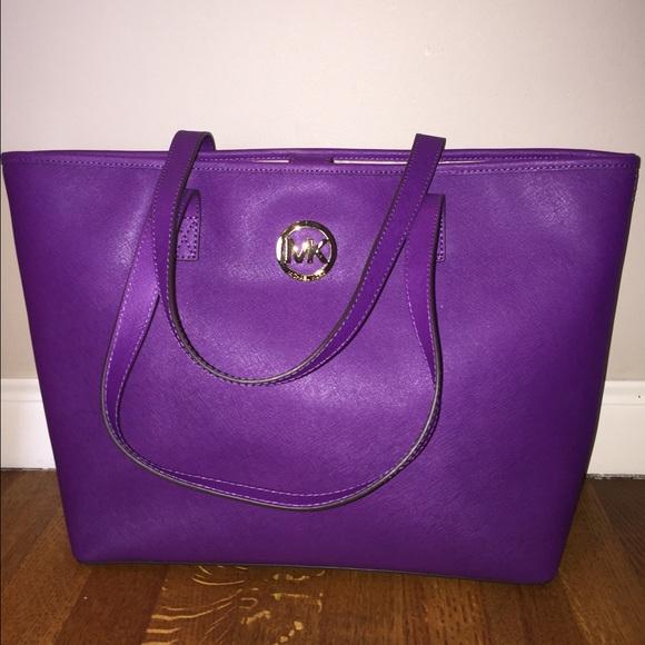 634c859301c5 Michael Kors Violet Tote Bag Medium