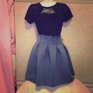 Sexy mini skirt. Size small 0 24-25 waistline.