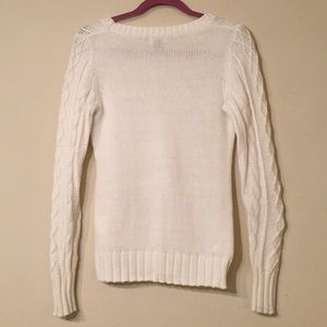 Old Navy Sweaters - Old Navy Cream Cable Knit Sweater Size Small