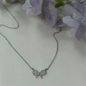 Jewelry - Teeny-tiny bow necklace