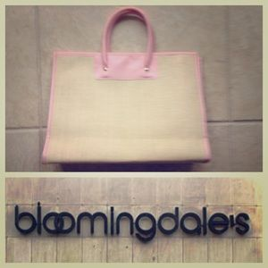 Bloomingdale's Pink and Straw Bag