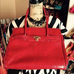 Bags - Croc embossed locket purse
